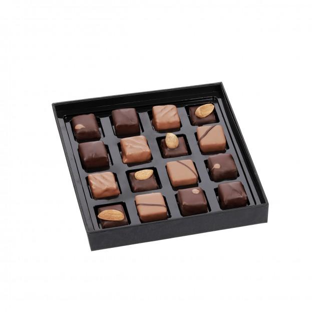 Boîte Prestige assortiment de chocolat Bio/Max Havelaar 155g